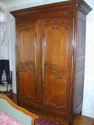 Late 18th century Norman armoire