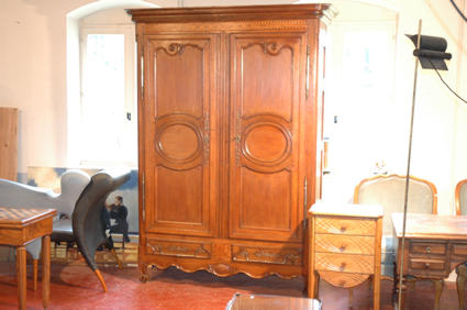 Beginning of the 19th century armoire