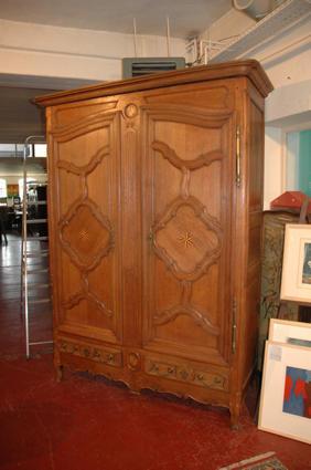 armoire lorraine. Black Bedroom Furniture Sets. Home Design Ideas
