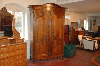 18th century paper hat armoire