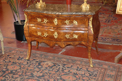 Commode de style Louis XV