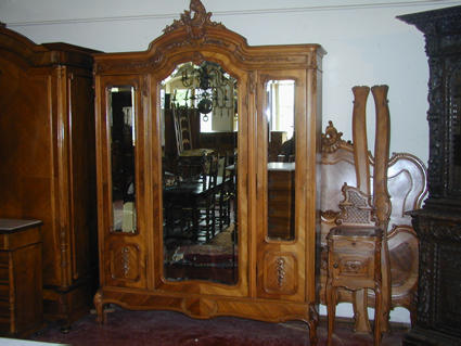 Late 19th century bedroom furniture