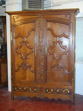 Beginning of the 19th century armoire from Lorraine