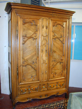 19th century armoire from Lorraine